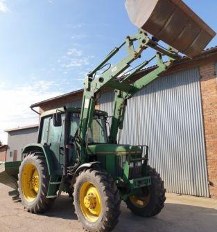 Ciągnik rolniczy  John Deere 6300 z ładowaczem czołowym
