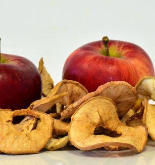 Owoce suszone/jabłka, śliwki,gruszki/